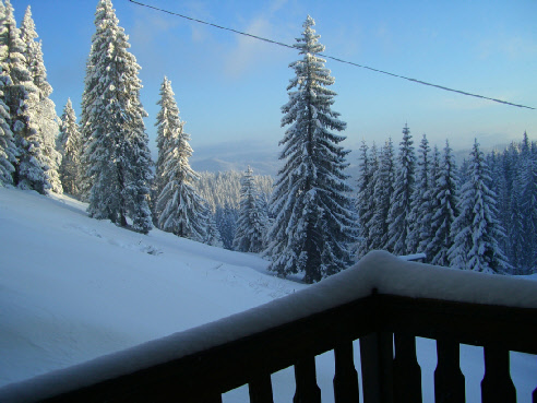 view-mountain-snow-balcony-window